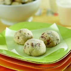 """Pecan Cookies-is an easy and quick recipe for delicious cookies similar to the famous """"Pecan Sandies"""" The difference is that these are healthier. They are a low calories, low fat, low cholesterol, low sodium, No-Sugar, low carbohydrates, heart-healthy, diabetic and Weight Watchers (2) PointsPlus recipe. Makes 42 cookies."""