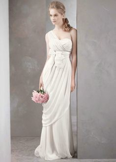 Greek goddess wedding dress ~ France
