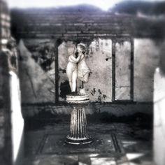 Il problema è che noi archeologi siamo romantici.. Ostia Antica, Domus di Amore e Psiche