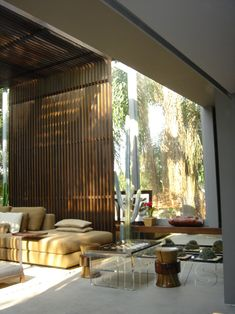 Beautiful Living Rooms and Offices * Fabulous wood room divider * ana maria vieira santos