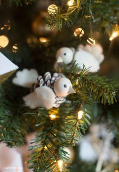 DIY Pinecone White Bird Christmas Tree Ornament