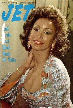 Freda Payne was given the high honor of becoming a Dame of Malta, a country within the Mediterranean Sea, in Due to her great humanitarian works, she was given this honor. The first Black woman to be a part of their auxiliary order. Jet Magazine, Black Magazine, Ebony Magazine Cover, Magazine Covers, Freda Payne, Dark Man, Sneak Attack, Black Actresses, Black Actors