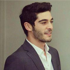 Manly looks 😍. kills me alot 😭 Turkish Men, Turkish Beauty, Turkish Actors, Most Handsome Actors, Hot Actors, Actors & Actresses, Handsome Celebrities, Handsome Man, Shameless Tv Show
