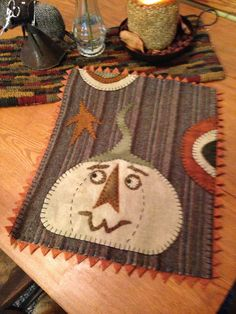 NEW - Who's There? - WOOL APPLIQUE PATTERN/KIT