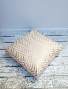 Kids Floor Cushion, Pouf, Ottoman, Floor Cushion - Chevron Pearlized - 50x50x10cm