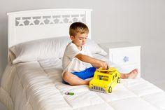 Cama infantil Estrellas, una combinación sencilla pero a la vez elegante de la cual crea un mágico dormitorio infantil #camasinfantiles #habitacioninfantil #decoracioninfantil