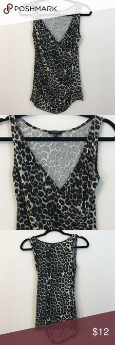 Express Leopard Sleeveless Top Size M This too has only been worn once and still in great condition. It's super comfortable with a lot of stretch and it is in a size Medium. 🚫No trades or PayPal 🚫 Express Tops Tank Tops