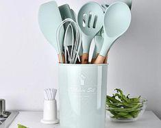 Kitchen Spatula, Silicone Kitchen Utensils, Cooking Utensils Set, Kitchen Utensil Set, Kitchen Sets, Cooking Tools, Kitchen Utensil Organization, Cooking Gadgets, Baking Utensils