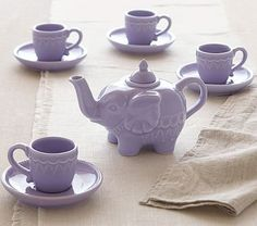 Elephant Tea Set from pottery barn! i wonder if its a regular sized set, or miniature. Serve tea for real in this classic glazed ceramic set that's modeled on a turn-of-the-century British colonial teapot. Pottery Barn Kids, Elephant Love, Purple Elephant, Elephant Teapot, Elephant Stuff, Ceramic Elephant, Emma Bridgewater, Teapots And Cups, Best Tea