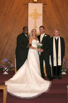 In November 2010, Todd Grisham married his girlfriend Alyson DeRenzis. They put their own unique spin on their special day by coming up with a fun way to introduce their bridal party at the reception. The video quickly went viral  has become a YouTube sensation. Amongst their supporting cast was Jonathan Coachman, who was one of Todd's groomsmen.