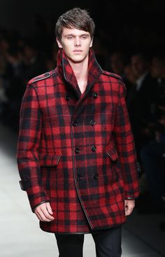 How to Wear Red This Fall: Burberry Prorsum Burberry Prorsum, Red Color, Autumn Fashion, Men Casual, Menswear, Wear Red, Mens Fashion, Pea Coat, My Style
