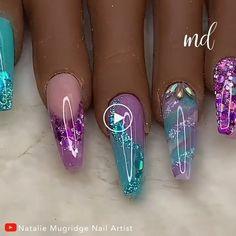SUMMER NAILS A beautiful set of acrylic nails to flaunt on a summer's day!A beautiful set of acrylic nails to flaunt on a summer's day! Nail Art Designs Videos, Long Nail Designs, Nail Art Videos, Ongles Bling Bling, Bling Nails, Glitter Nails, Glam Nails, Dope Nails, Nail Swag