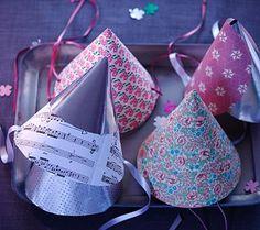Dekoration für die Silvester-Party: DIY: Party-Hütchen - [LIVING AT HOME]
