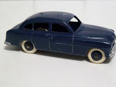 FRENCH DINKY TOYS NO.24x FORD VEDETTE, DARK BLUE