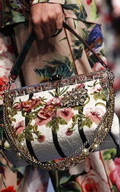 Dolce & Gabbana Spring 2016 RTW ... http://escort-journal.com  Escort,  эскорт Работа, девушка, рубеж, австралия, турция, сша, америка, граница Поможем оформить визу в Австралию. Заработок: Австралия  от $ 20000 и выше. Америка  +США от $ 10000, Норвегия, Италия, Греция, Турция от $ 3000