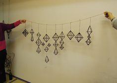 4月ヒンメリワークショップ詳細!|ヒンメリのおか Wire Crafts, Diy And Crafts, Arts And Crafts, Paper Crafts, Geometric Decor, Handmade Ornaments, 3d Shapes, Diy Room Decor, Home Decor