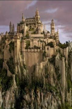 Top 5 Biggest Castles In The World (VIDEO) #Travel #Castles #Amazing