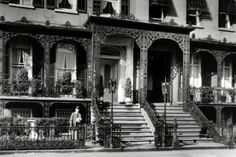 I love this! Gramercy Park, Manhattan. Check out the decorative ironwork. Photographed by Berenice Abbott. November 27, 1935.