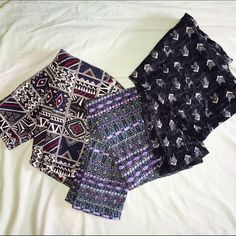 Patterned Leggings Everyday patterned leggings ✨ Three pairs. All size medium. Leggings from American Eagle, Forever 21, and PacSun. Lightly worn. PacSun Pants Leggings