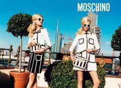 Hanne Gaby Odiele y Juliana Schurig SS13 de Moschino SS13  By Juergen Teller - Milán, Italia.