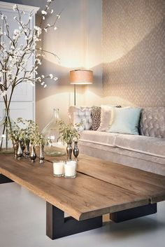 12. LONG WOOD SLABS ARE PERFECT FOR THE CLASSIC WOOD COFFEE TABLE