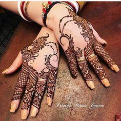 35 Best Ideas For Tattoo Feather Words Posts Khafif Mehndi Design, Mehndi Design Pictures, Mehndi Images, Bridal Mehndi Designs, Bridal Henna, Mahandi Design, Cool Henna Designs, Mehndi Designs For Hands, Henna Body Art