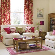 Frühlingsblumen Wohnzimmer Farben Lila Dicke Vorhänge