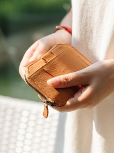 Leather Men, Leather Wallet, Rfid Wallet, Minimalist Fashion, Money Clip, Card Holder, Zipper, Zippers, Minimal Fashion