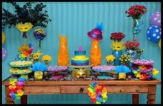 85 Ideias para festa Carnaval May Themes, Its My Bday, 2nd Birthday, Birthday Candles, Carnival, Alice, Party, Diy, Painting