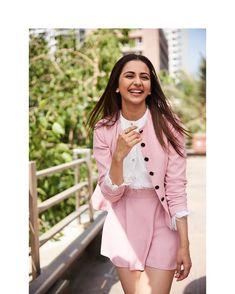 Rakul Preet Singh (aka) Rakul photos stills & images Indian Bollywood Actress, Bollywood Girls, Bollywood Fashion, Indian Actresses, Bollywood Stars, Bollywood Celebrities, Fashion Advice, Fashion Outfits, Womens Fashion