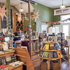 The Best Bookstores in the South Cafe Bookstore, Bookstore Design, Library Cafe, Book Store Cafe, Book Shops, Cafe Interior, Shop Interior Design, Retail Design, Literary Travel