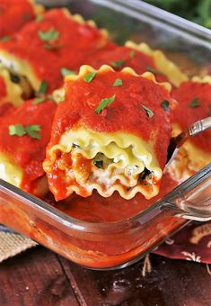 Ground Beef Stuffed Shells | The Kitchen is My Playground Lasagne Roll Ups, Dinner Dishes, Food Dishes, Main Dishes, Ground Beef Stuffed Shells, Take A Meal, Vegetable Lasagna Recipes, Spinach Lasagna Rolls, Easy Lasagna Recipe