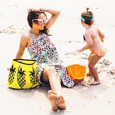 """""""The weather is heating up... Time to take your tote to the beach ☀️ via @clairecollected #pineapple #skippinggirl #beachweather"""""""