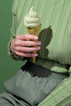 Приятного аппетита: Серия фотографий Wardrobe Snacks (фото 1)