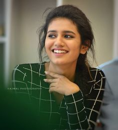 South Indian model and actress Priya Prakash Varrier new picture gallery. New image gallery of actress Priya Prakash Varrier. Beautiful Girl Photo, Beautiful Girl Indian, Most Beautiful Indian Actress, Beautiful Eyes, Beautiful Women, Beautiful Bollywood Actress, Beautiful Actresses, Actress Priya, Cute Girl Poses