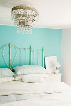 Discover the top 10 aqua paint colors for your home. Aqua is a fresh color for kitchens and bathrooms, especially with white trim and accessories.