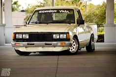 Gallery For > Datsun 720 Stanced