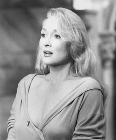 """Meryl Streep. Death Becomes Her (1992) """"Wrinkled, wrinkled little star... hope they never see the scars."""""""