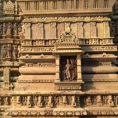 #wanderlust #monuments #india #orchha #panna #khajuraho #2016 #traveladdict #vacations #familyfun #design5studio #travel #madhyapradesh