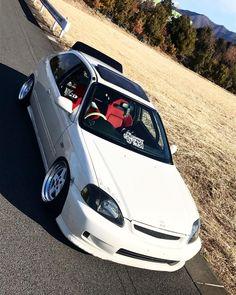 White type R Honda Civic Hatchback, Civic Car, 1999 Honda Civic, Honda S2000, Honda Civic Coupe, Honda Civic Type R, Jdm Cars, Mitsubishi Lancer Evolution, Stance Nation