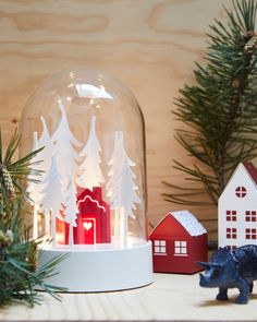 White Christmas Lights, Christmas Snow Globes, Christmas Events, Winter Christmas, Ikea Christmas, Luminous Flux, Incandescent Bulbs, Dekoration