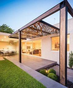 jolie pergola moderne en bois et en acier, toiture amovible, design très original