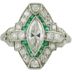 Preowned Art Deco Emerald Diamond Platinum Ring (7 565 AUD) ❤ liked on Polyvore featuring jewelry, rings, green, emerald green jewelry, green ring, deco ring, platinum diamond rings and art deco jewelry
