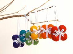 Handmade Gift Ornaments 6 RAINBOW decoration woodland por Fairyfolk