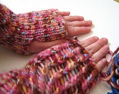 milly and tilly: Alice Wrist Warmers