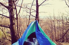 Life is better in a hammock!#puremichigan #lakemichigan #hammock #hammocklife #adventure #puremittigan by @heidilacey