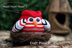 Sew your own sock owl by using this ultimate pattern and tutorial. Easy to sew with guide from pictures and instructions.