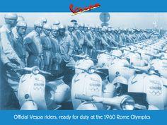 Гонщики на мотороллерах «Vespa» перед стартом. Летние Олимпийские игры. Рим. Италия. 1960.
