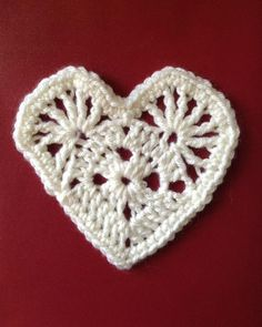 @ Maggie's Crochet · Maddie's Heart - free pattern and video tutorial