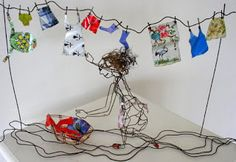 the art room plant: May 2009 Drawing with wire! Everyday Objects, Wire Art, Bunting, Illustration Art, Banner Ideas, Homemade, Ferret, Drawings, Plants